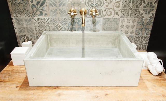 Encimeras De Baño De Microcemento:Estantería o encimera de baño
