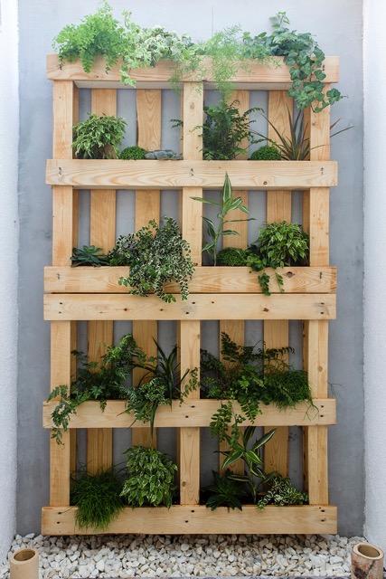 100 handmade vive muebles modernos para decorar tu sal n for Jardin vertical con palets