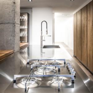 Reforma e interiorismo piso en la bonanova vivestudio for Mejores marcas cocinas